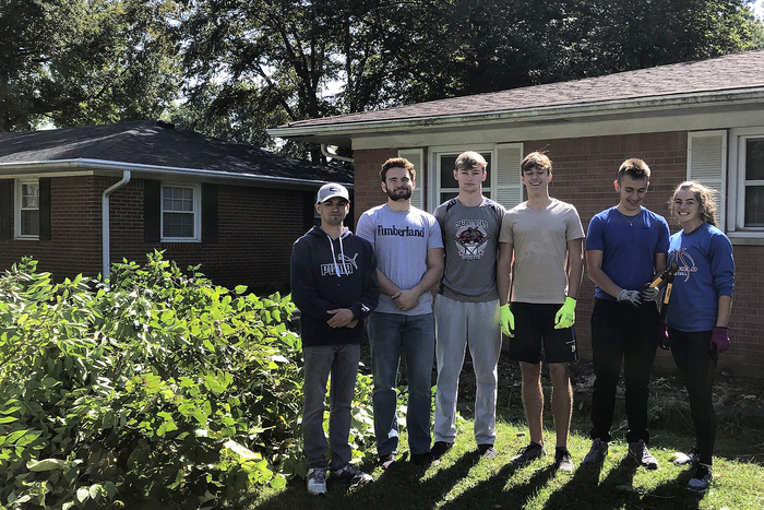 PHS Hands for Heroes spent some time doing yardwork for a local veteran