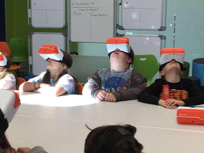 Students visit the moon using virtual reality goggles