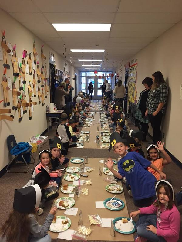Brentwood 1st grade students enjoyed a traditional Thanksgiving feast, with lots of help from parents and grandparents.